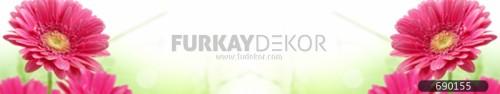 Mutfak-tezgah-arasi-cam-panel-model-furkay-FL-171