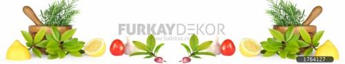 Mutfak-tezgah-arasi-cam-panel-model-furkay-YI08